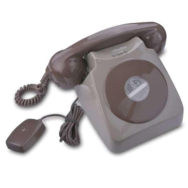 Telephone 746 Magneto